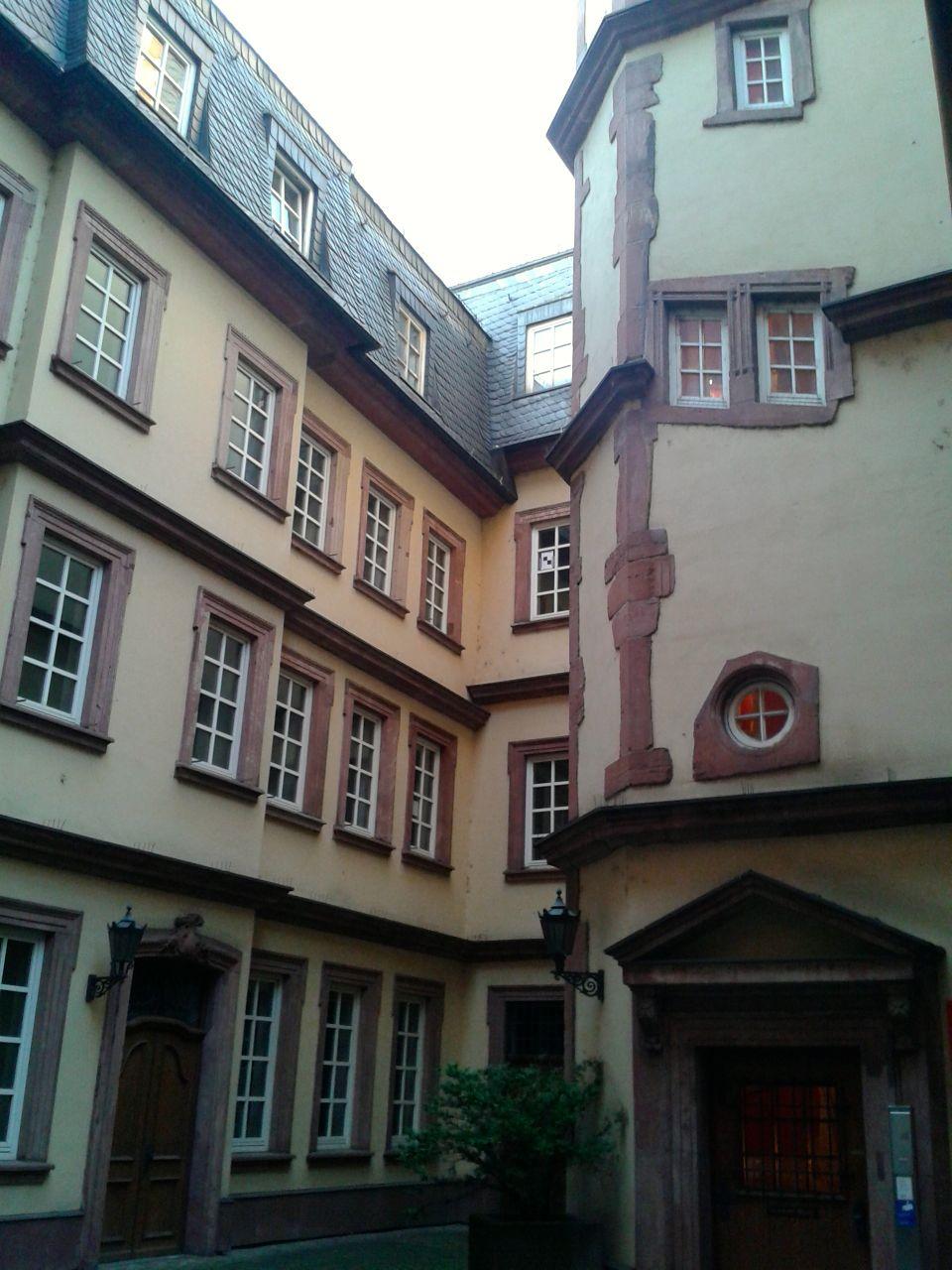 Hinterhofsandstein