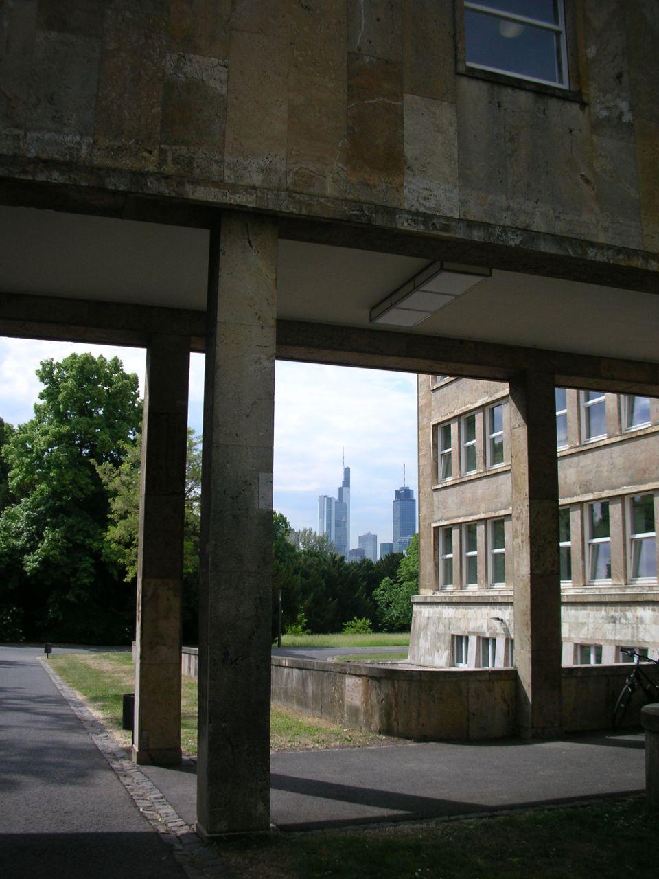 Die Skyline eingerahmt